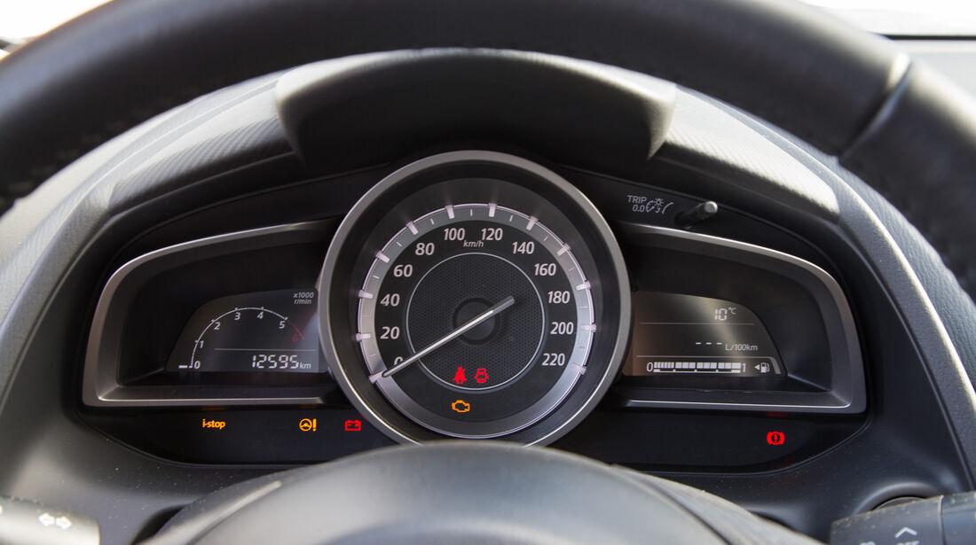 Mazda CX-3 D 105, Anzeigeinstrumente