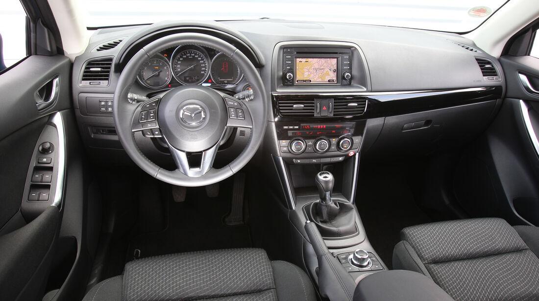 Mazda CX-5 2.0 Skyactiv-G AWD, Cockpit, Lenkrad