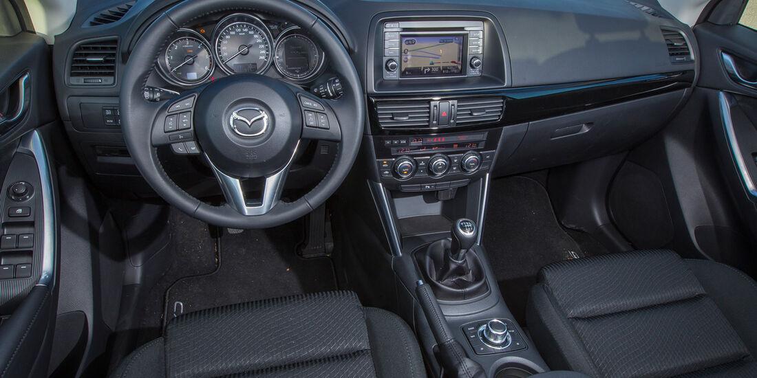 Mazda CX-5 D 150, Cockpit