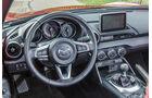 Mazda MX-5 Skyactiv 2.0 i-Eloop, Cockpit