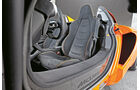 McLaren 650s Spider, Fahrersitz