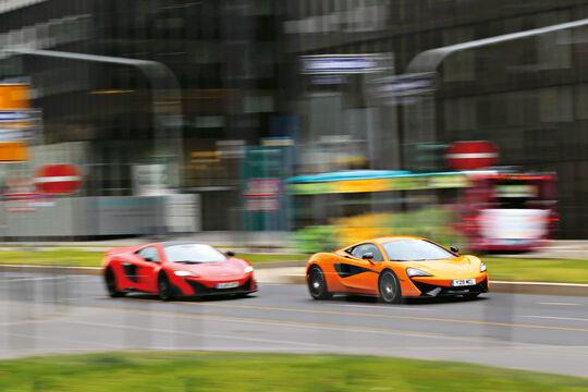 McLaren 675LT und 570S, Seitenansicht