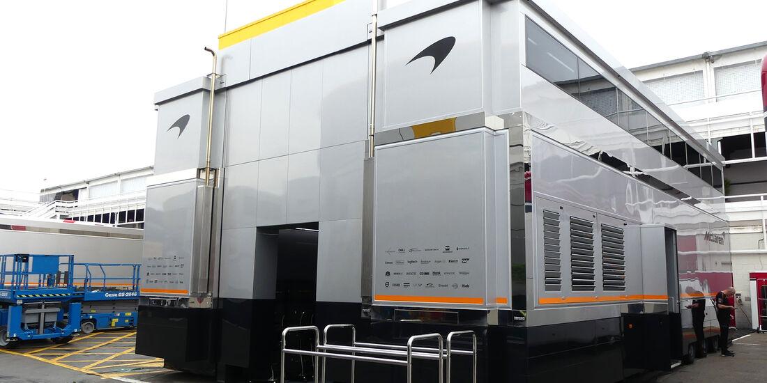 McLaren - F1-Motorhomes - GP Spanien 2018