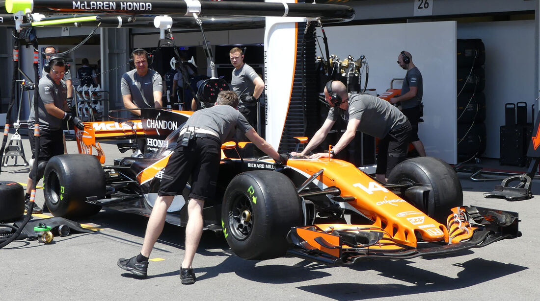McLaren-Honda - Formel 1 - GP Aseerbaidschan 2017 - Training - Freitag - 23.6.2017