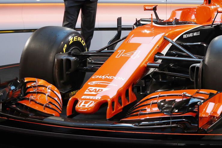 https://imgr2.auto-motor-und-sport.de/McLaren-MCL32-F1-2017-fotoshowBig-19d95c05-1009137.jpg