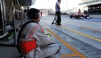 McLaren Mechaniker - Formel 1 - GP Abu Dhabi - 03. November 2012