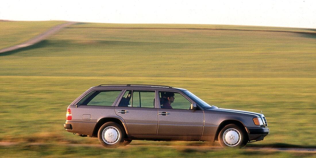 Mercedes 124 T, Seitenansicht