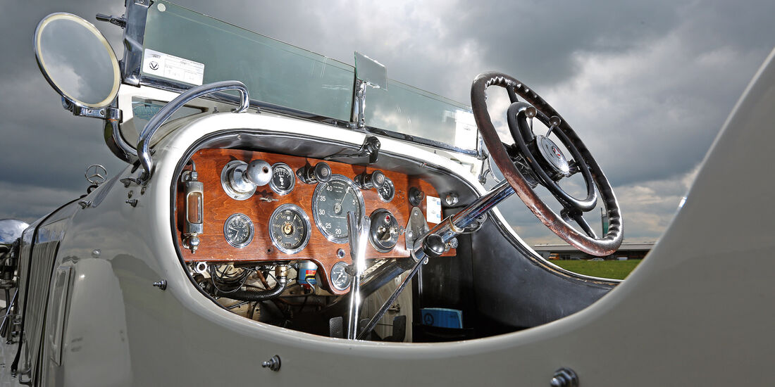 Mercedes 27/180/250 Typ 710 SS, Cockpit