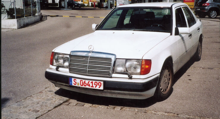 Mercedes 300 E-24