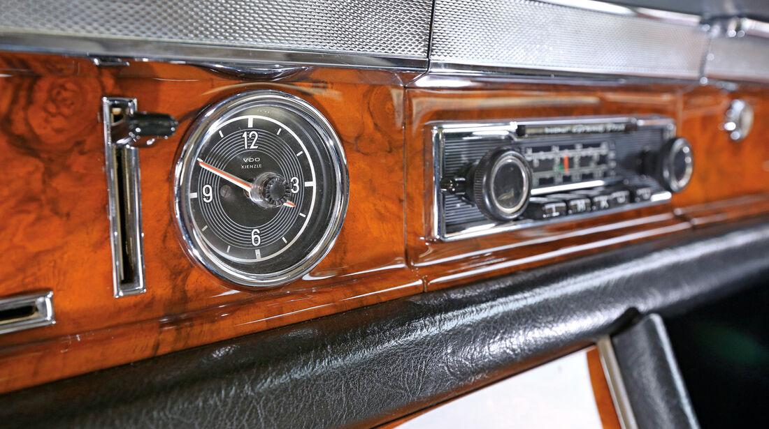 Mercedes 600, Infotainment