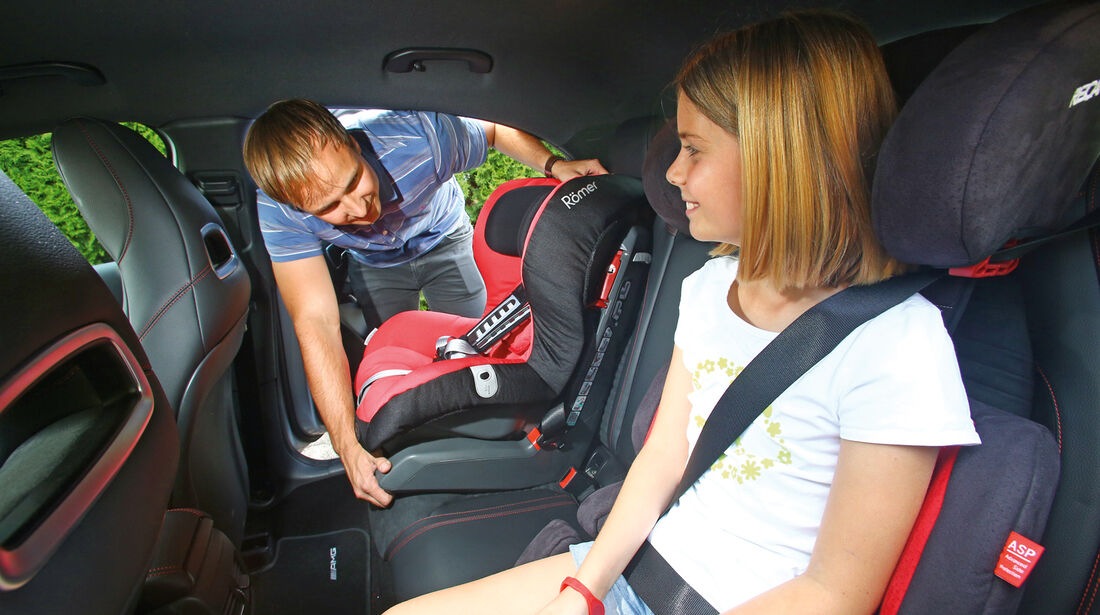 Mercedes A 200 CDI AMG Sport, Kindersitze
