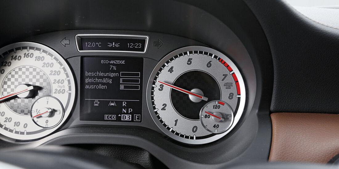 Mercedes A 250, Rundinstrumente