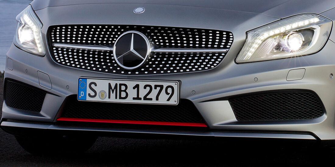 Mercedes A-Klasse, Kühlergrill, Scheinwerfer