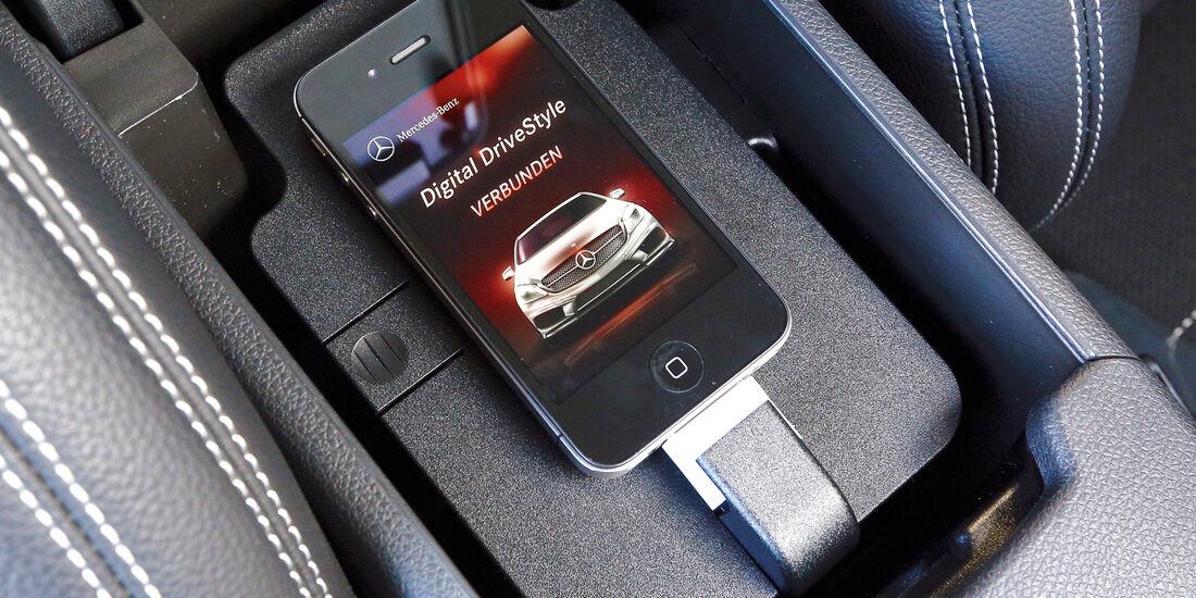 Mercedes A-Klasse, Online-Funktionen, Ablage