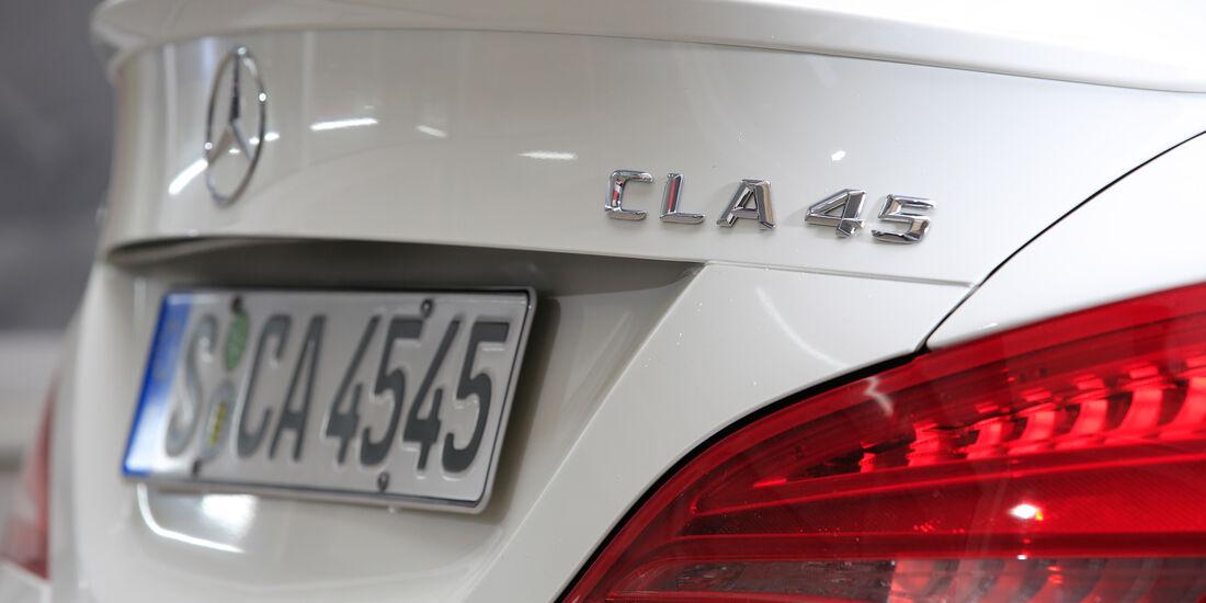 Mercedes-AMG CLA 45, Typenbezeichnung