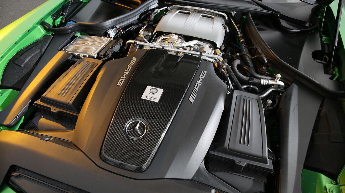 Mercedes-AMG GT R, Motor