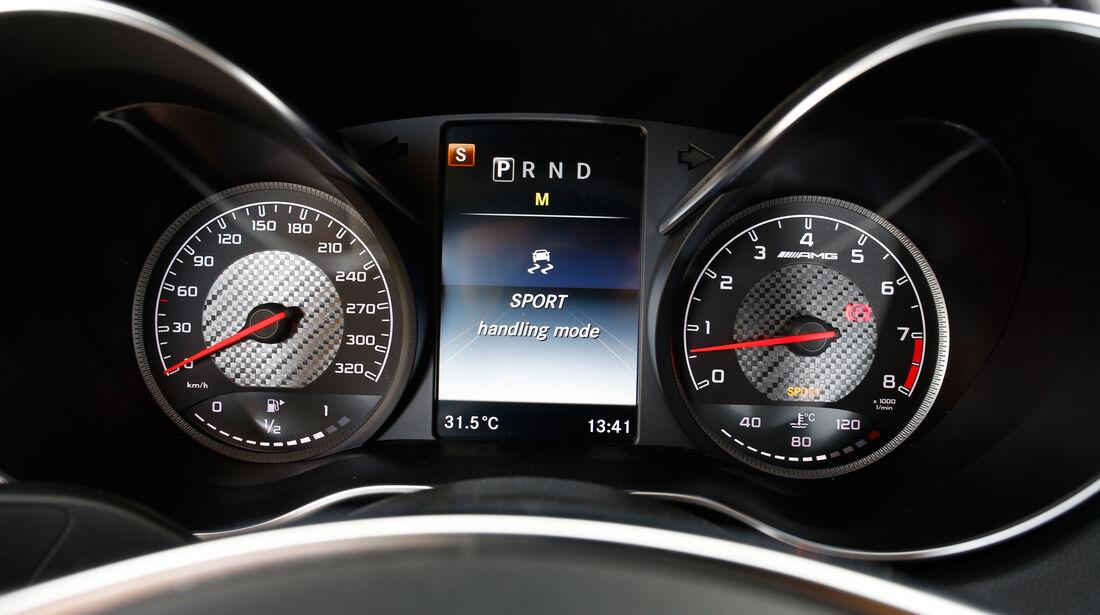 Mercedes-AMG GT, Rundinstrumente