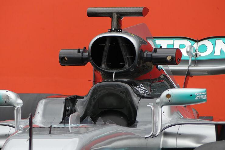 https://imgr2.auto-motor-und-sport.de/Mercedes-AMG-W08-F1-Auto-2017-fotoshowBig-e1918dbf-1008697.jpg