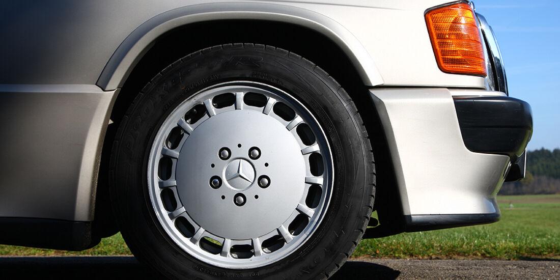 Mercedes-Benz 190 E 2.3-16 - Gullideckel-Leichtmetallfelgen