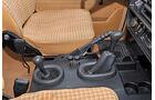 Mercedes-Benz 240 GD, Mittelkonsole, Schalthebel