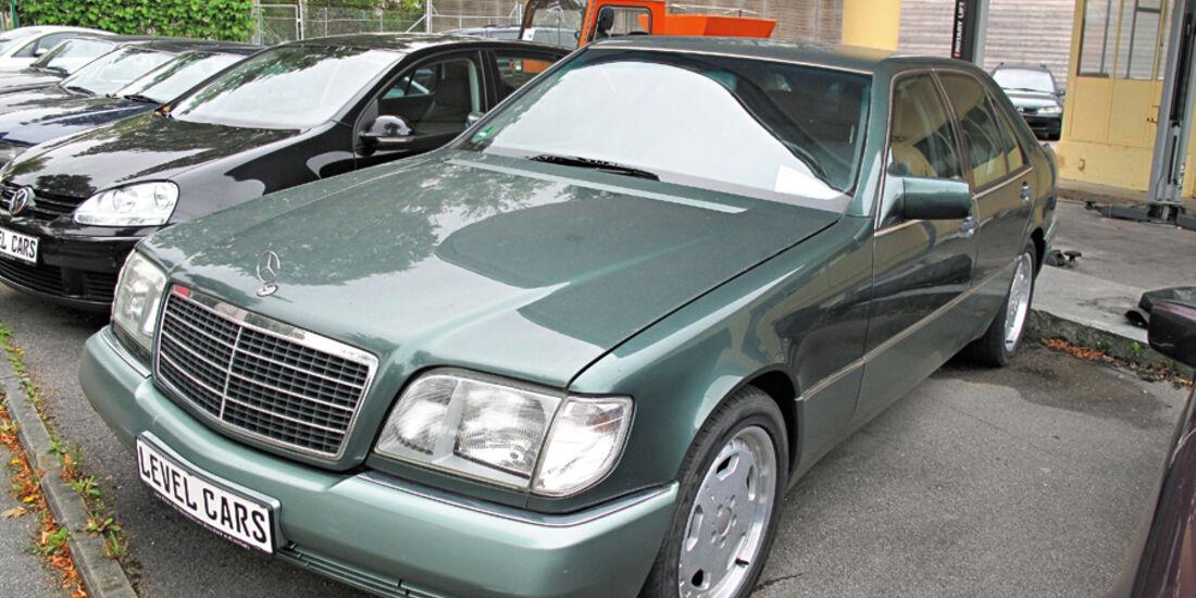 Mercedes-Benz 400 SE