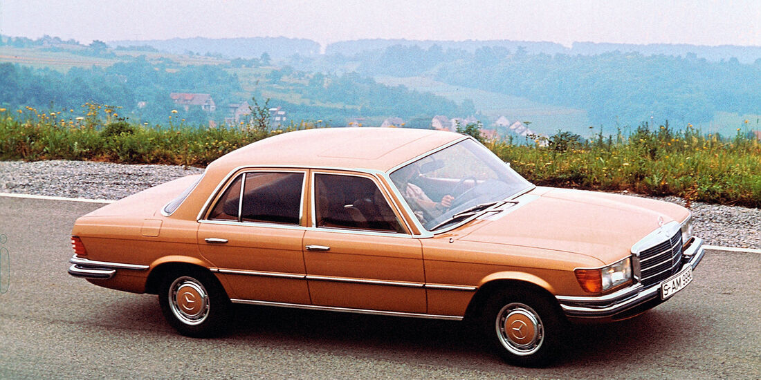 Mercedes-Benz 450 SE , Seitenansicht