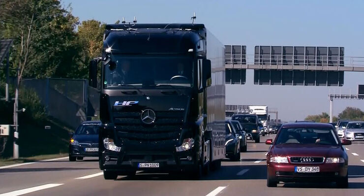 mercedes future truck 2025: autonome premiere auf der a8 - auto