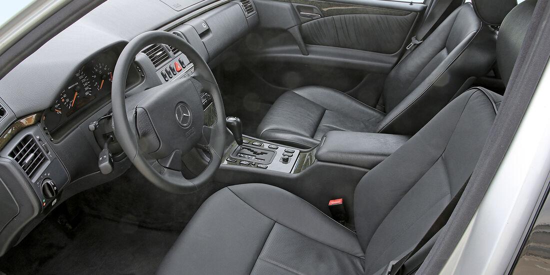 Mercedes-Benz E50 AMG, Cockpit, Fahrersitz
