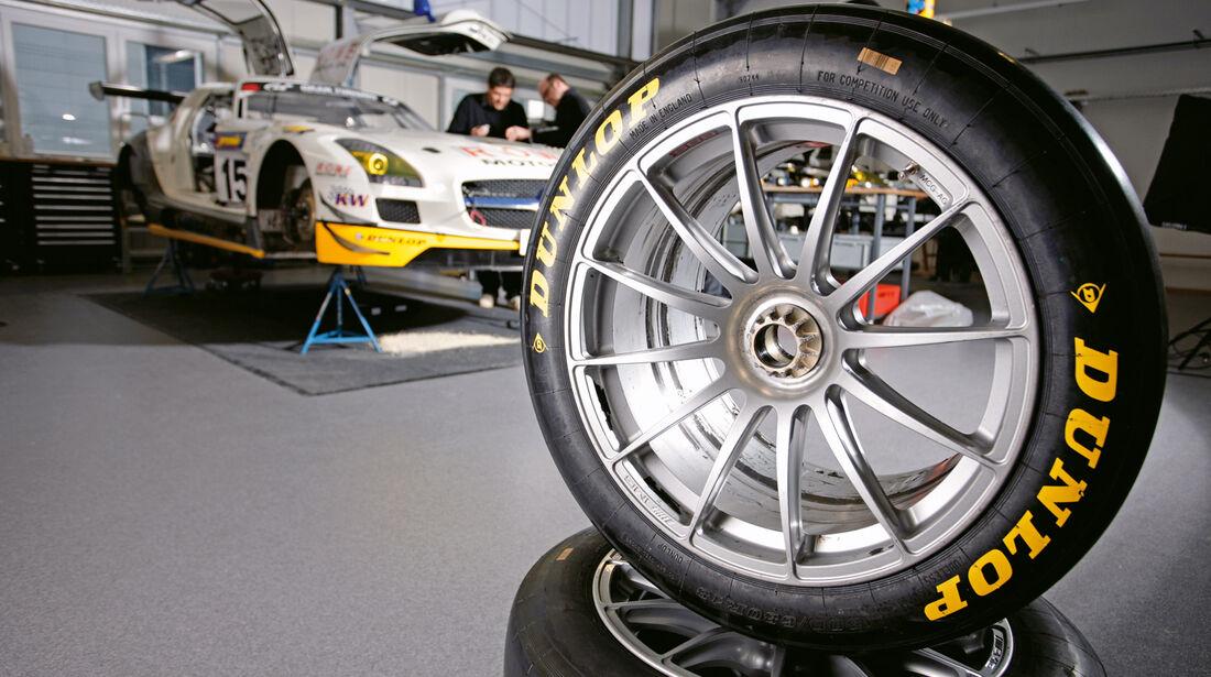 Mercedes-Benz SLS AMG GT3, Dunlop, Werkstatt