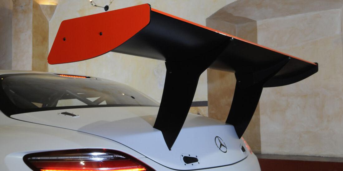Mercedes-Benz SLS AMG GT3 Flügeltürer Spoiler