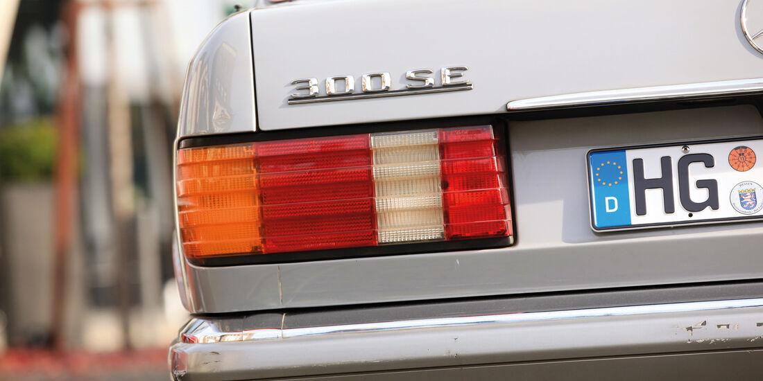 Mercedes-Benz W 126, Typenbezeichnung, Heck