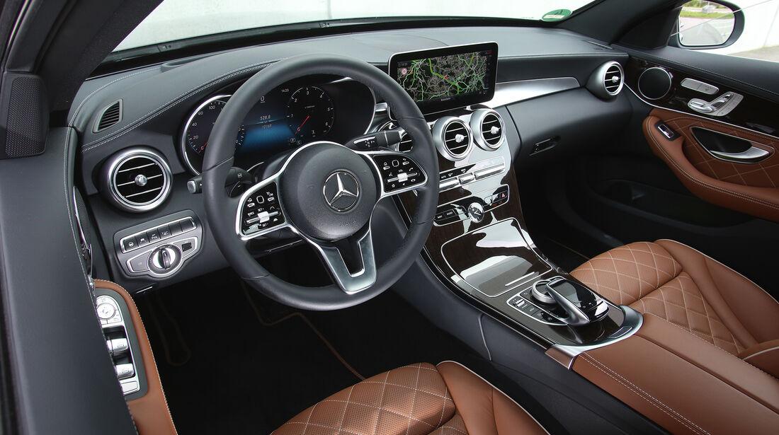Mercedes C 220 d, Imterieur