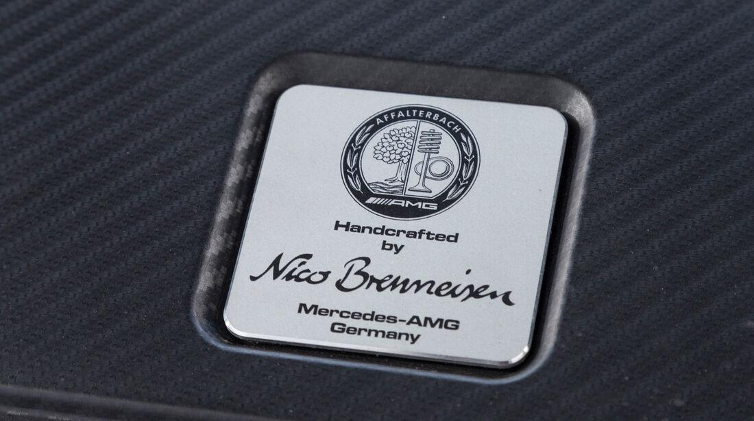 Mercedes CLA 45 AMG, Plakette
