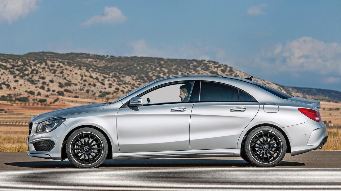 Mercedes CLA 45 AMG, Seitenansicht