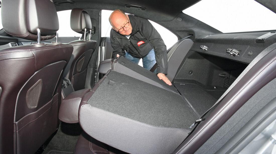 Mercedes CLS 350, Rückbank, umklappen
