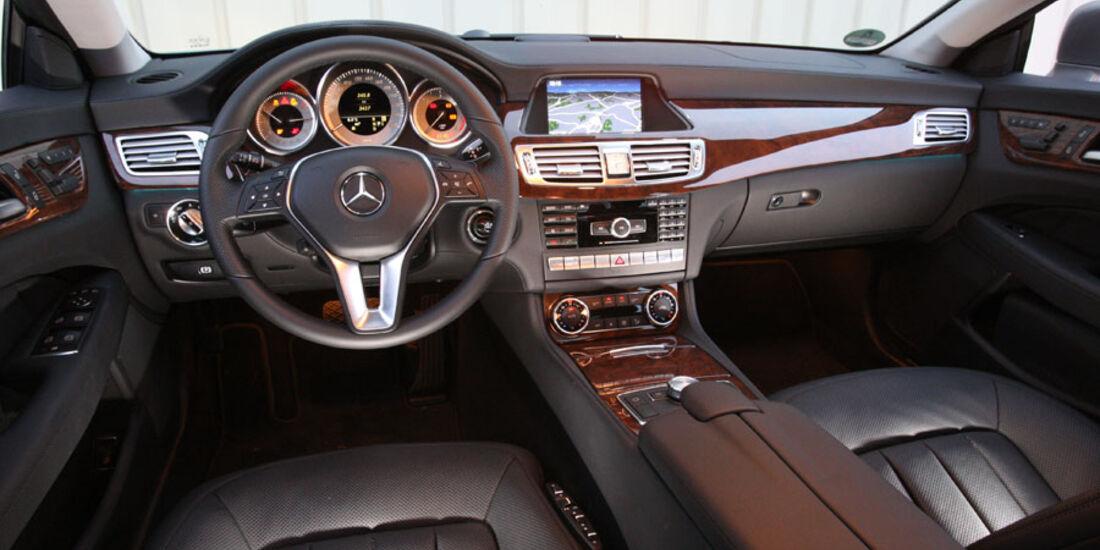 Mercedes CLS, Innenraum, Cockpit