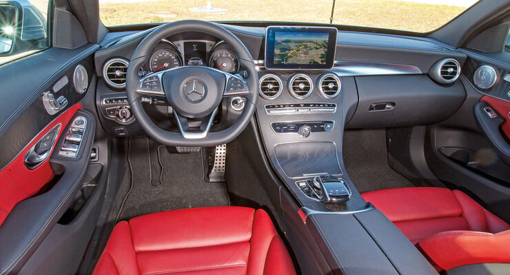 Mercedes Comand Online, Cockpit