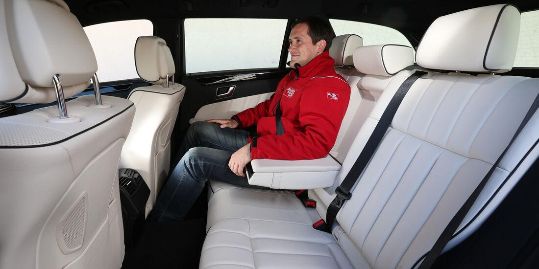 Mercedes E 200 CDI T, Rücksitz, Beinfreiheit