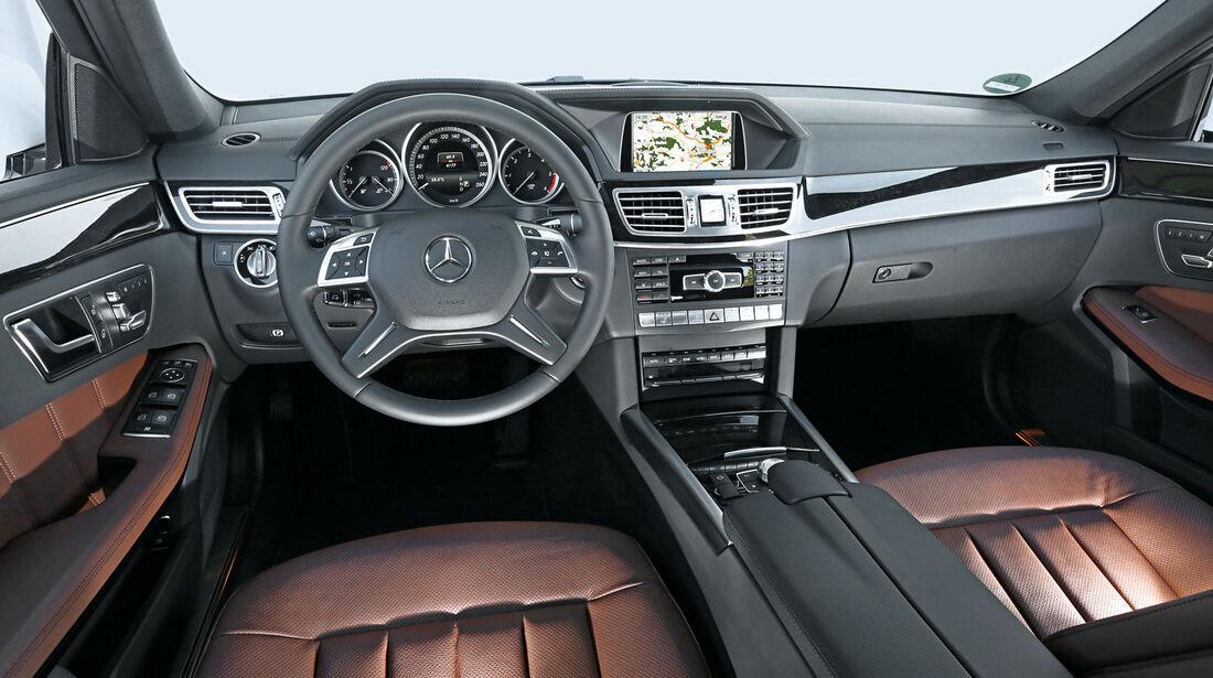 Mercedes E 220 Bluetec T, Cockpit