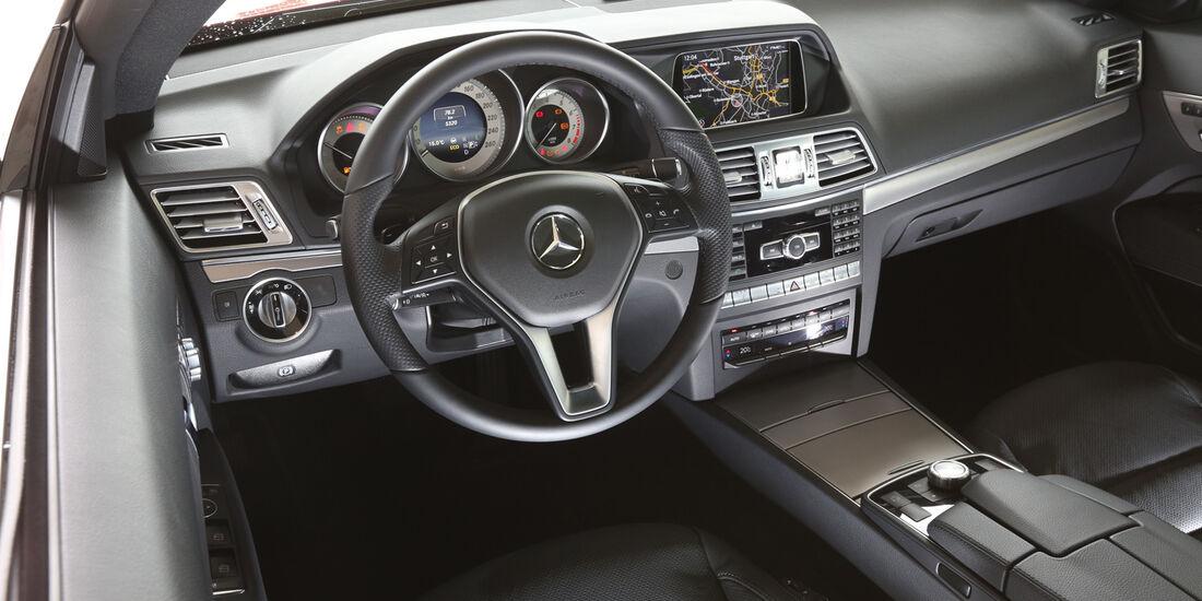 Mercedes E 250 Coupé, Cockpit