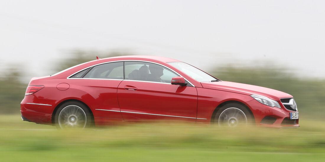 Mercedes E 250 Coupé, Seitenansicht