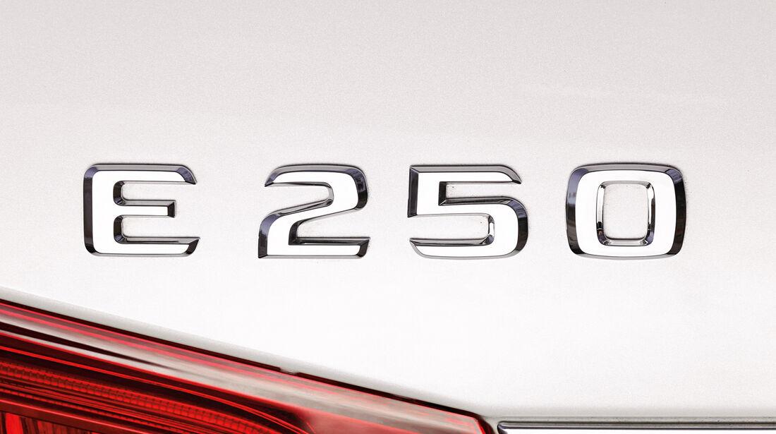 Mercedes E 250, Typenbezeichnung