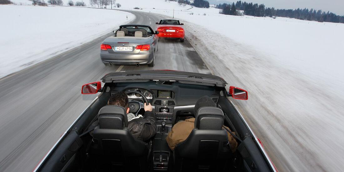 Mercedes E 350 Cabriolet, BMW 335i Cabriolet, Audi Cabriolet 3.0 TFSI Quattro, Draufsicht
