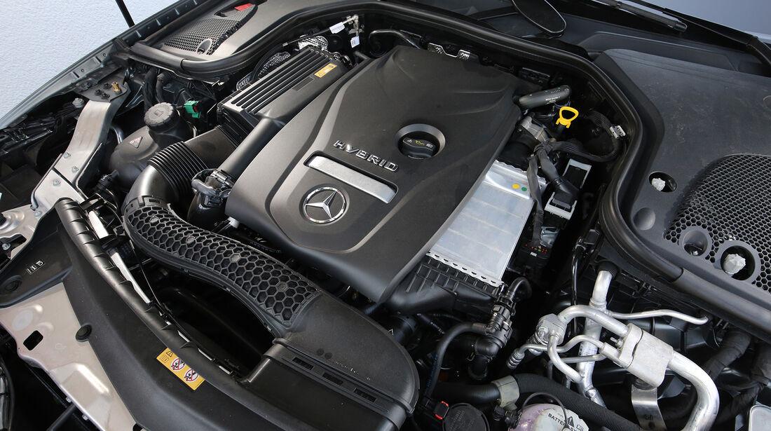Mercedes E 350 e Avantgarde, Motor