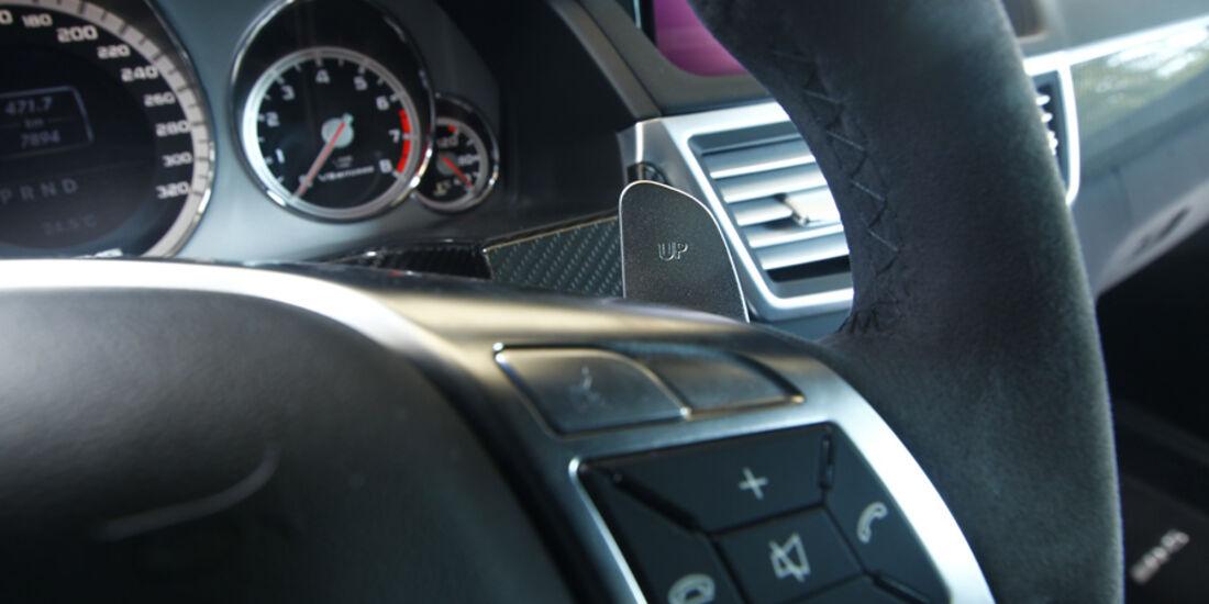 Mercedes E 63 AMG, Lenkradknöpfe