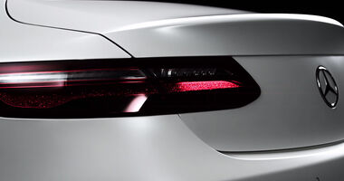 Mercedes E-Klasse Coupé Teaser Screenshot
