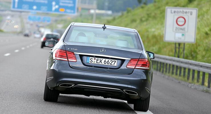 Mercedes E-Klasse, Heckansicht