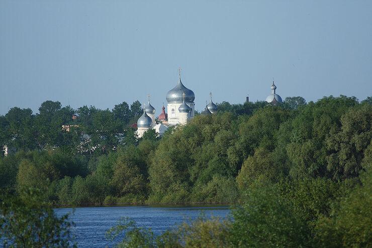 Mercedes F-Cell World Drive, B-Klasse, Brennstoffzelle, 63. Tag, Welikij Nowgorod - St. Petersburg
