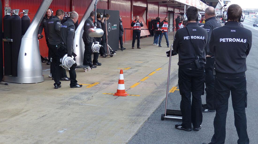 Mercedes - Formel 1-Test - Barcelona - 27. Februar 2015
