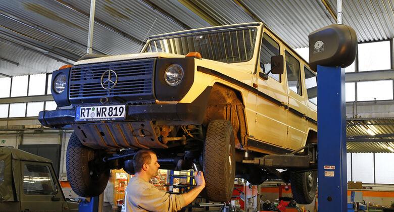 Mercedes G-Modell W 460, Hebebühne